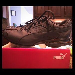 New in box Men's 10.5 Puma tennis shoes